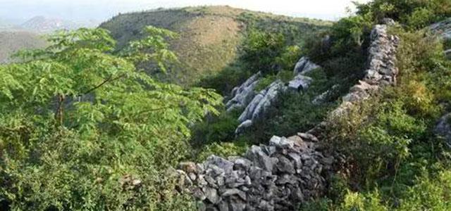 藏在丹江口周边深山里的神秘古寨!堪称